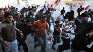 بحرین میں نہتے مظاہرین پر آنسو گیس کی شیلنگ، ایک شہید