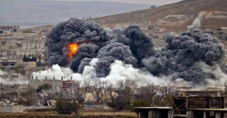 شامی جنگی طیاروں کی داعش کے ٹھکانوں پر حملے، درجنوں ہلاک