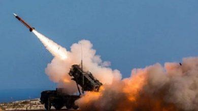 یمنی فوج کا سعودی عرب کے صوبے عسیر پر میزائلی حملہ۔ درجنوں ہلاک