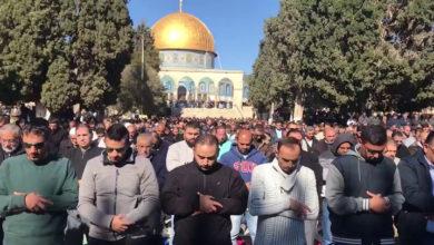 صیہونی پابندیاں، 45 ہزار فلسطینیوں کی مسجد اقصیٰ میں نماز جمعہ