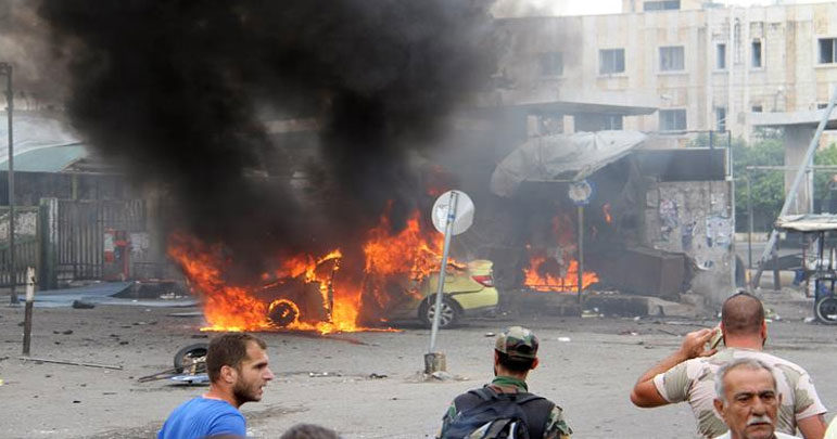 شام : داعشی دہشت گردوں سے بھری جیل کے قریب کار بم دھماکہ