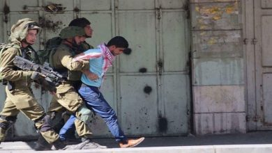 غرب اردن میں صیہونی فوج کی گھر گھر تلاشی، 17 فلسطینی گرفتار