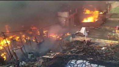 بھارت: انتہا پسند ہندوؤں نے مسلمانوں کے 35 گھروں کو جلا دیا