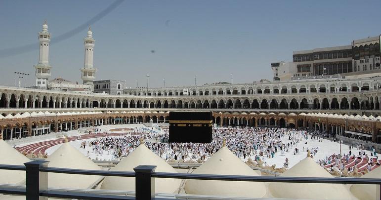 تمام مساجد میں اجتماعی سحری، افطاری اور اعتکاف پر پابندی ہوگی: سعودی وزیر
