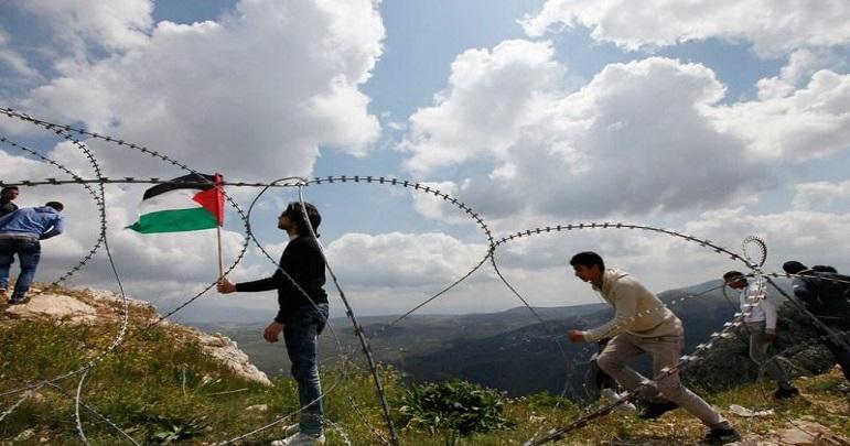 فلسطینیوں کی مدد کے لئے لبنان اور اردن کی عوام سرحدوں پر جمع