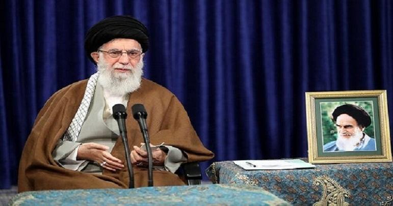 اسلامی جمہوری نظام کا قیام امام خمینی کا سب سے بڑا کارنامہ ہے: آیت اللہ خامنہ ای
