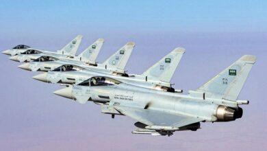 یمنی ایئرپورٹ پر سعودی اتحاد کا فضائی حملہ